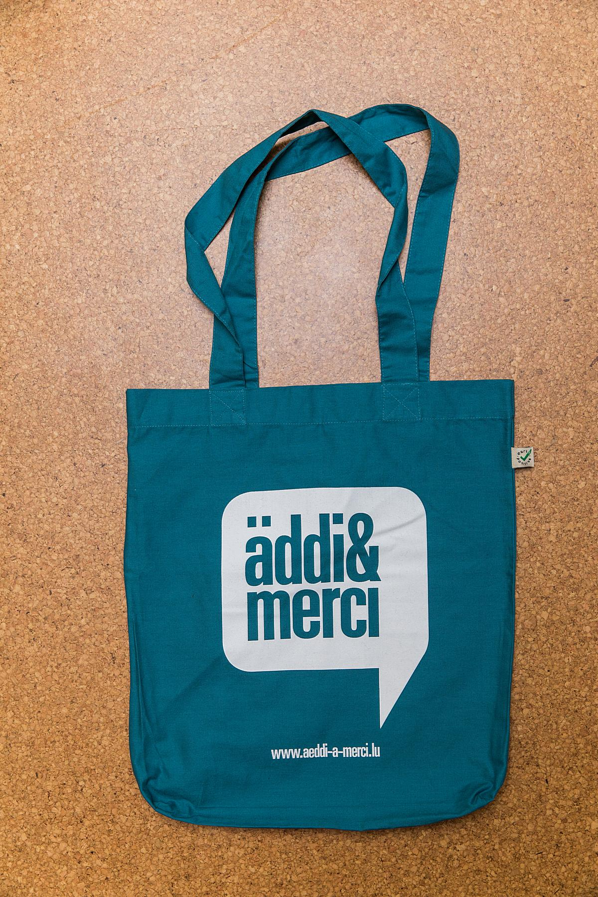 "ORGANIC SHOPPER-BAG ""äddi&merci"": Bag colour ""Sea Green"", Print ""White"""