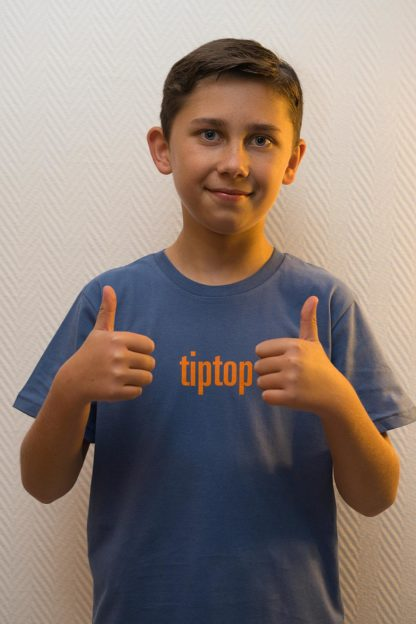 "KIDS'S T-SHIRT ""tiptop"": Shirt colour ""Faded denim"", Print ""orange"""